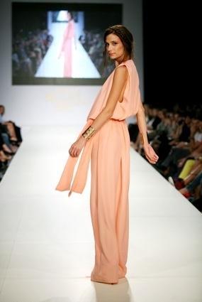 Raat by Rita Attalla catwalk at 12th AXDW
