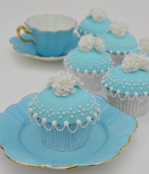tiffany blue cupcake