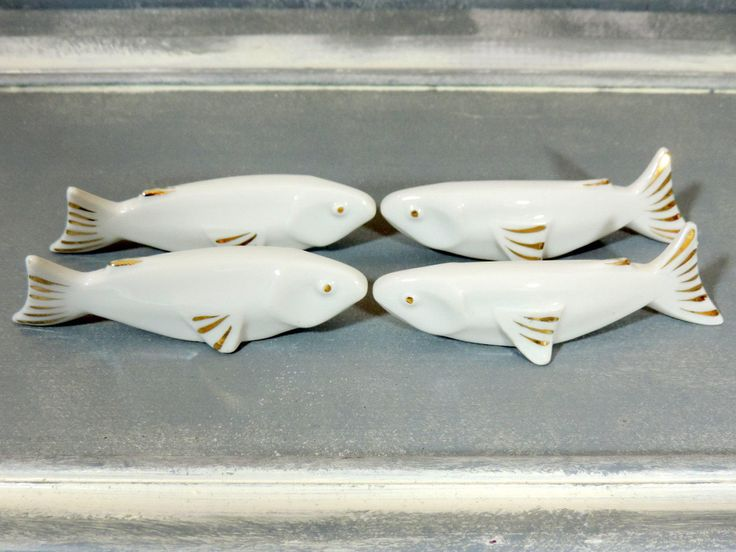 French Vintage White Fish Knife Rests Set Of 4/ French Vintage Knife Rests/Porcelain Knife Rests/Vintage Knife Rests/White Fish Knife Rests by SouvenirsdeVoyages on Etsy