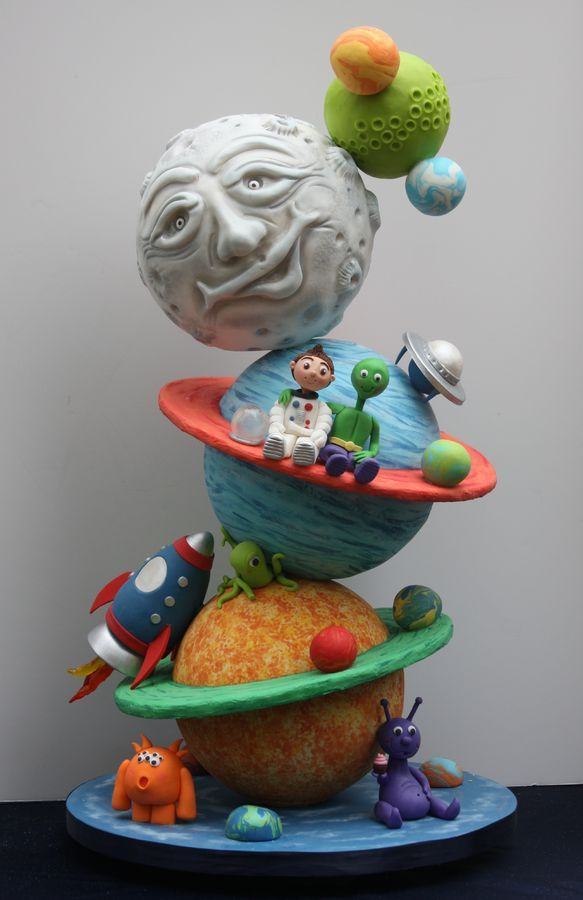 I made this cake for the 2013 Washington State Cake Show. Theme of the show: Out of this World Won Best of Semi-Professional Division Won Best of Theme overall