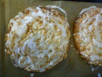 Das perfekte Streuselschnecke wie frisch vom Bäcker ^^-Rezept mit einfacher Schritt-für-Schritt-Anleitung: Den Pudding zubereiten, abdecken, damit sich…