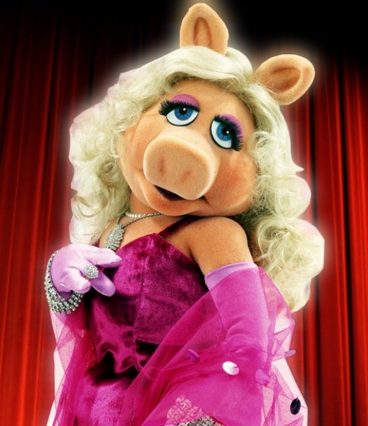 1000 Images About December Muppets Christmas On Pinterest: 1000+ Images About Miss Piggy On Pinterest