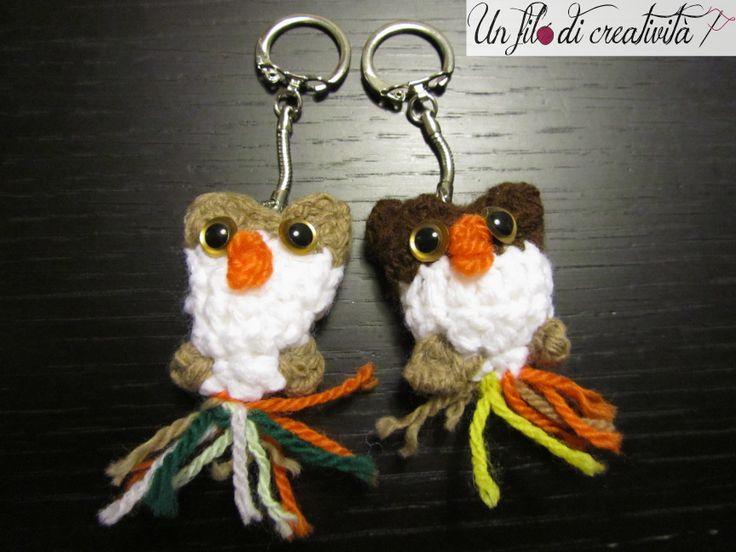 Portachiavi Gufi fatti a mano all'unicnetto.  Keychain crochet handmade owls