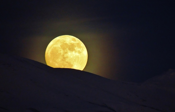 Moon rising by mustafa guler, via 500px