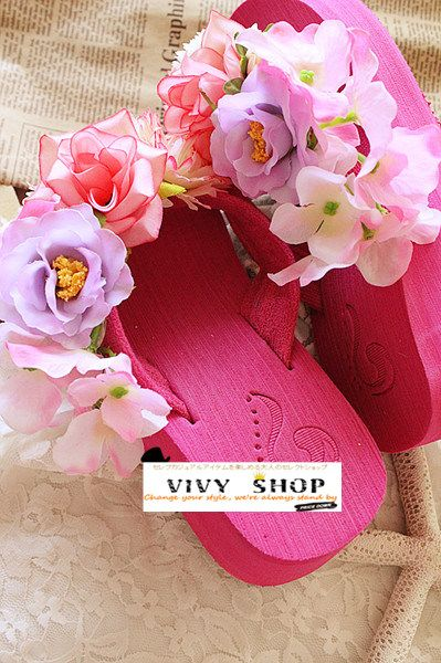 人気急昇レディーススリッパ/サンダル ビーチサンダル綺麗な花のスリッパクロックスより履き心地が良い 厚底 ピンク系 コンフォートシューズ|ROOM