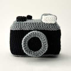 Vintage Photo Camera amigurumi crochet pattern by The Flying Dutchman Crochet Design