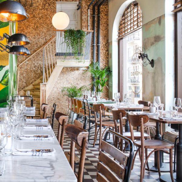Bærekraftige vegger i restaurant