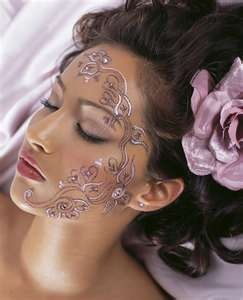 <3: Tattoo Ideas, Faces Art, Glitter Tattoo, Henna Design, Body Art, Faces Tattoo, Henna Tattoo, Henna Tattoo Design, Renaissance Fair