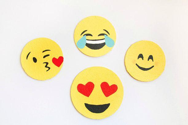 Posavasos corcho con emoticonos