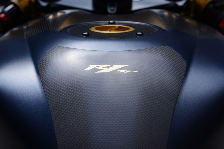 Yamaha R1 SP carbon tank protection