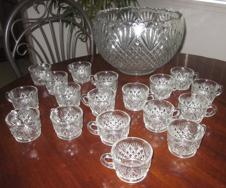 """EAPG 1895 U.S. Glass Co """"Pineapple and Fan"""" pattern #15041 Punch Bowl 18 Cups"""