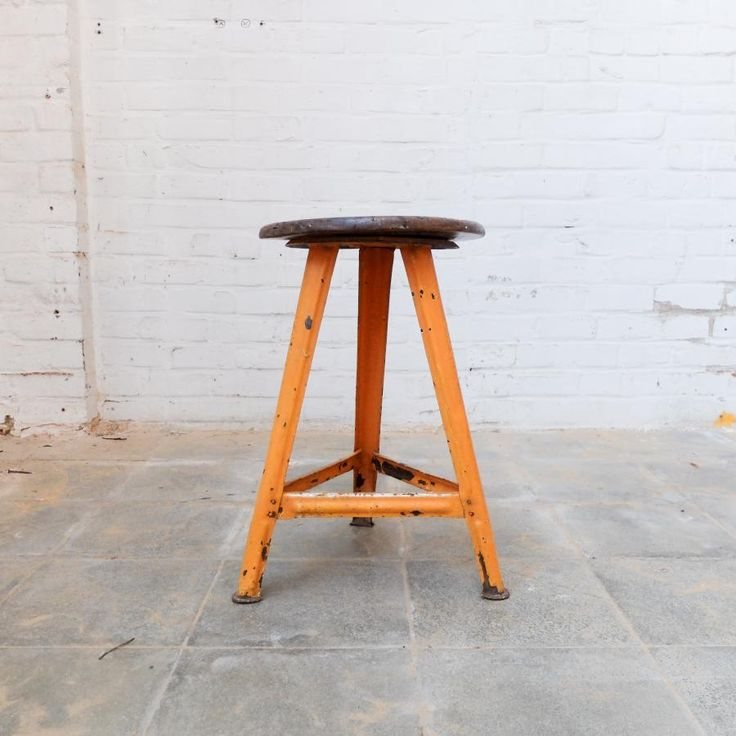 Bauhaus stool stool, Stool, Bauhaus