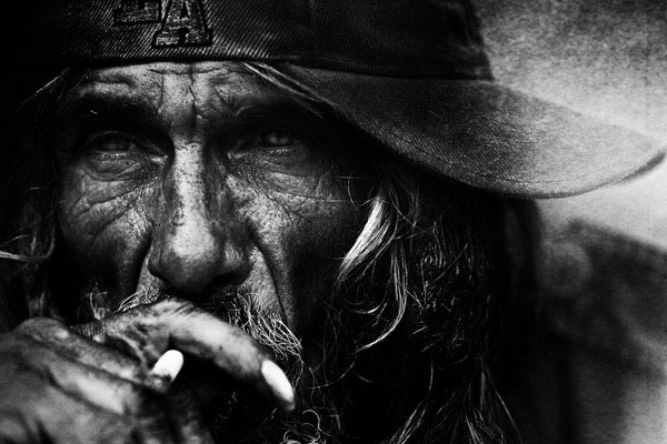 amazing project by lee jeffries..UK Photographer Immortalizes Homeless Faces in B