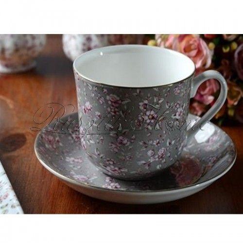 Ditsy Floral Gray apró virágmintás, aranyozott szélű reggeliző készlet. A díszdoboz tartalma: egy porcelán bögre és  egy kistányér. A bögre kb. 400 ml-es űrtartalmú, a hozzá tartozó kistálka pedig kb. 17 cm-es. http://rusztikhome.hu/muzlis-talak-reggelizo-szettek/946-ditsy-floral-gray-reggelizo-keszlet.html