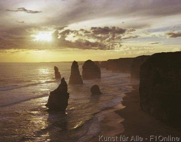 Zwölf Apostel Victoria Australien Meer Brandung Felsen Erosion Küste Felsenküste Brandung Klippen Steilküste Felsen Abend Sonnen