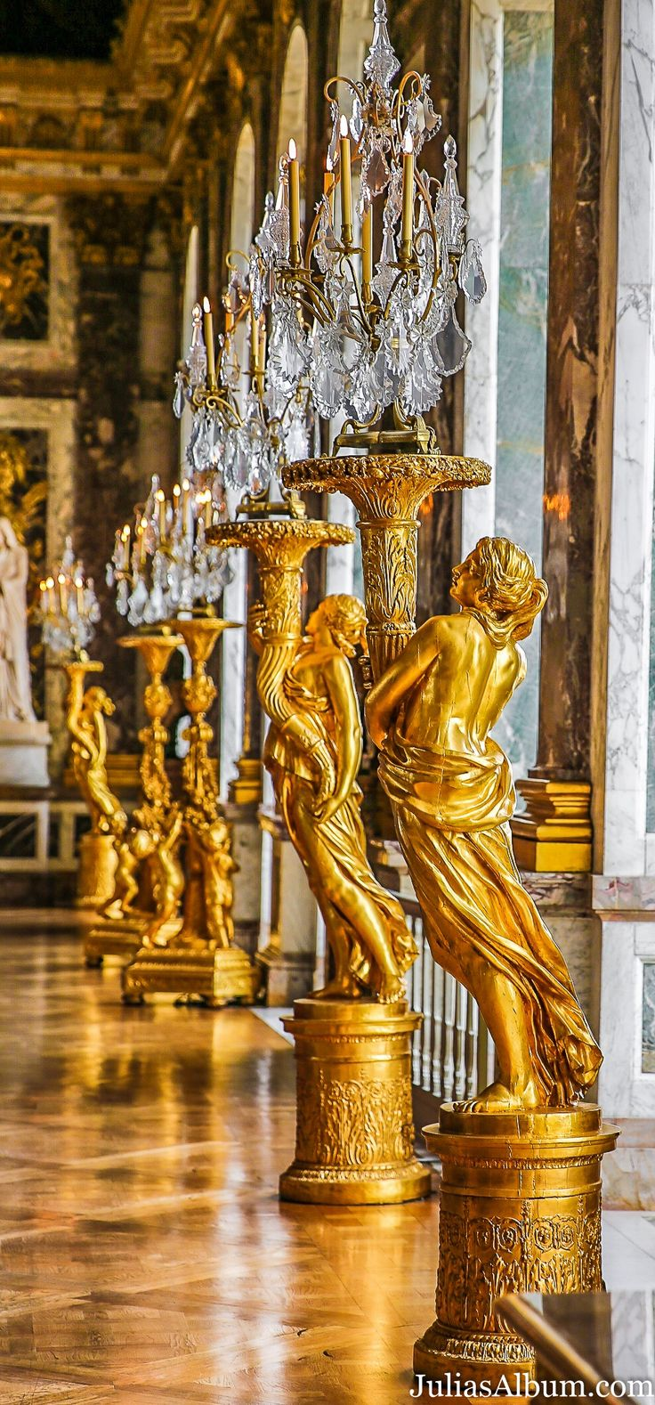 the history and structure of the palace of versailles Information and history about the palace of versailles  the small structure  became the base on which was constructed one of the most costly and  extravagant.