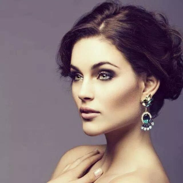 South Africans are beautiful - Rolene Strauss, Miss World 2014