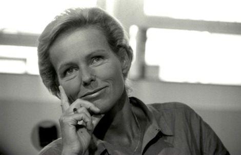 Christine Ockrent -  Une des première femme a avoir présenté le journal télévisé de 20h, sur Antenne 2 //  Dirigeante de l'Expresse // Directrice générale du groupe France Monde (RFI, TV5-Monde, France 24).