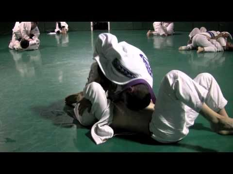 Rener Gracie vs. Purple Belt (Both Hands Tied Down) from GracieUniversity.com