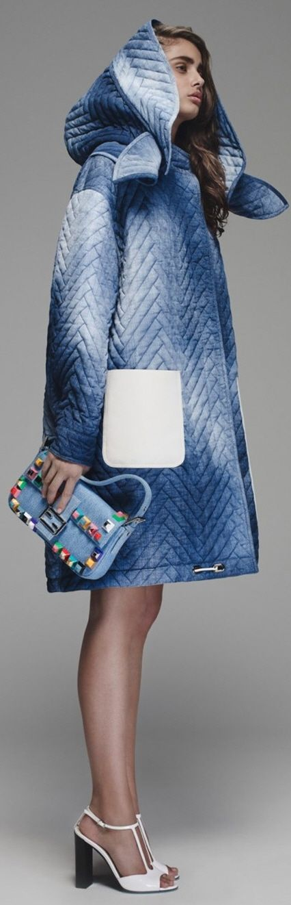 Take away that purse and pocket. And I am game Fendi Resort 2016