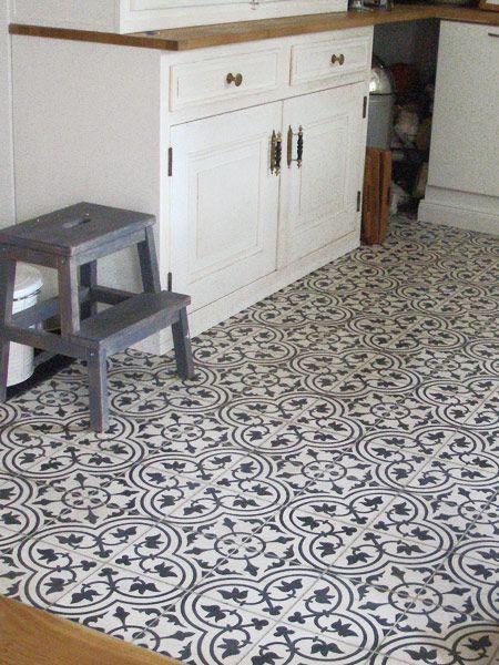 Küche mit Zementfliesen Fleur 32