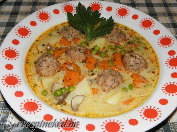 Kipróbált Húsgombóc leves gazdagon recept egyenesen a Receptneked.hu gyűjteményéből. Küldte: LigetiK