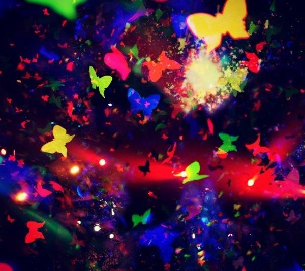 Coldplay Concert Confetti