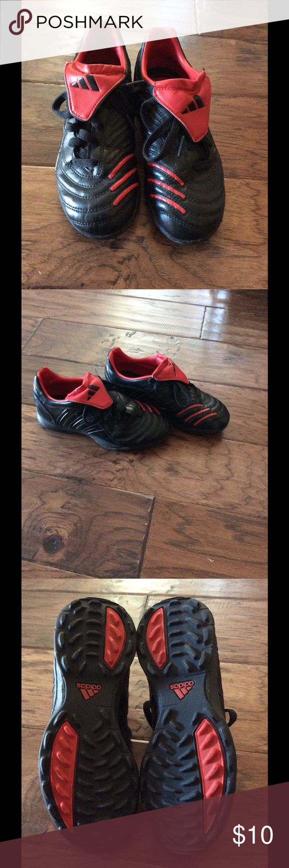 Boys Adidas indoor soccer shoes These boys indoor soccer shoes are black with red stripes. They are boys size 3. They are in great, gently used condition. Adidas Shoes