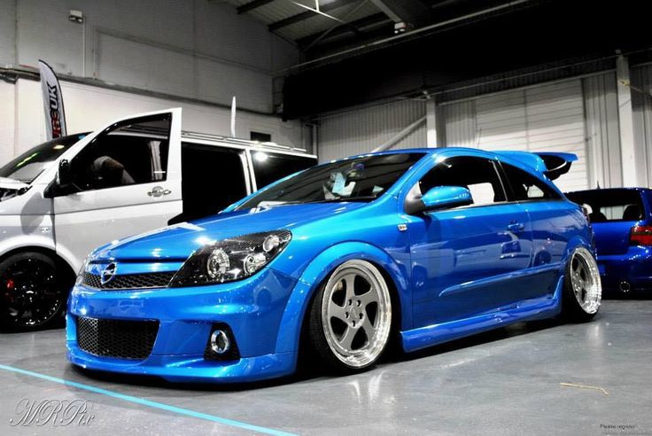 Opel Astra H Coupe