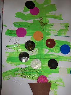 """Vandaag begonnen we de dag met het prentenboek """"anna en de kerstboom"""" Binnenkort is het Kerstmis. Papa haalt de kerstboom uit de..."""
