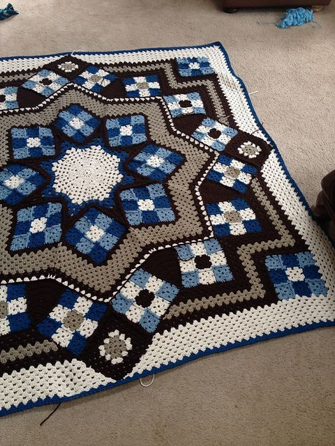 authentic chrome hearts Blue Star afghan   Free Pattern