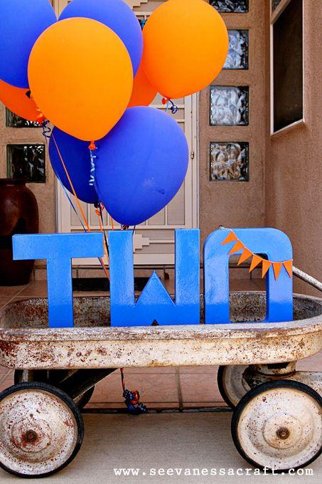2nd Birthday: Baby Showers Idea, Goldfish Baby, Balloons Buntings, Birthday Idea, 1St Birthday, Old Wagon, Goldfish Party, Kids Party, Birthday Party