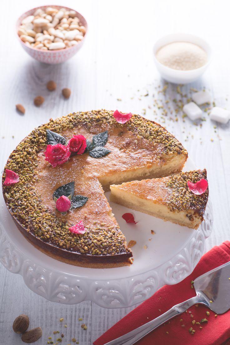 Tirate fuori il vostro lato romantico e sorprendete i vostri ospiti preparando questa fantastica Persian #Love #cake! #Giallozafferano #recipe #ricette #SanValentino