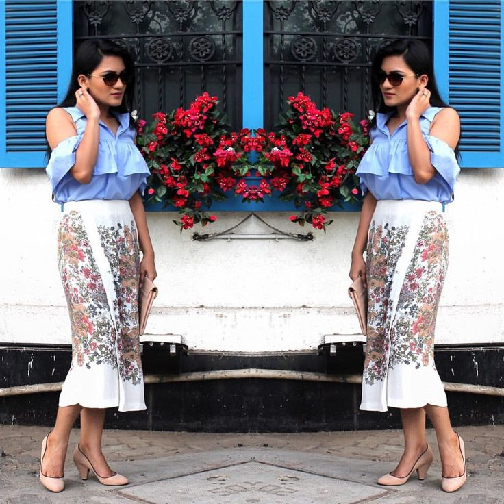 Florals & Frills  #newontheblog #ss16 #styllogue #springsummer2016 #frills #fashion #styling #photooftheday #instamumbai #fashionblogger