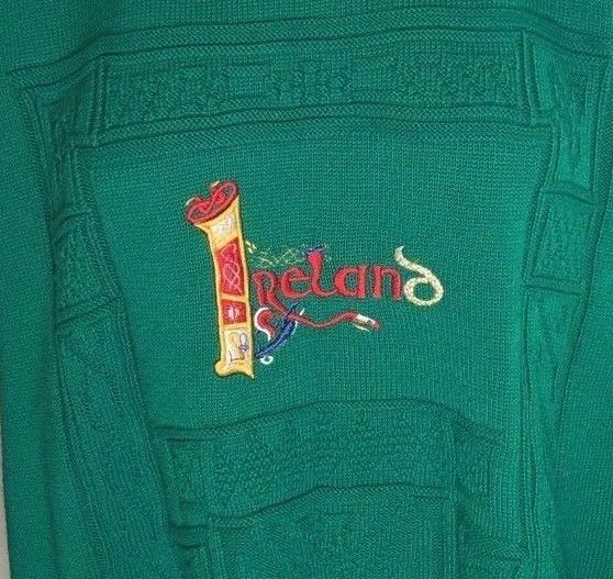 EMERALD ISLE Mens Green Embroidered Sweater Size L From Ireland EUC #BlarneyCastle #Crewneck