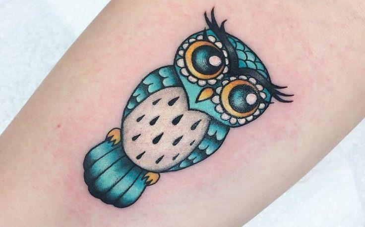 Tatuaje de búho pequeño
