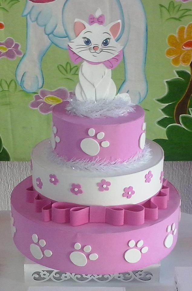 Resultado de imagem para ideias de bolo fake da gatinha marie