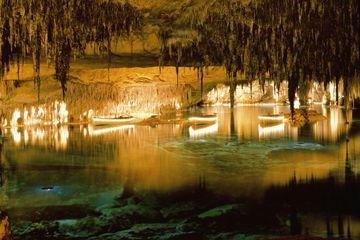 Visite privée: les grottes du Drach à Majorque et la fabrique de perles…