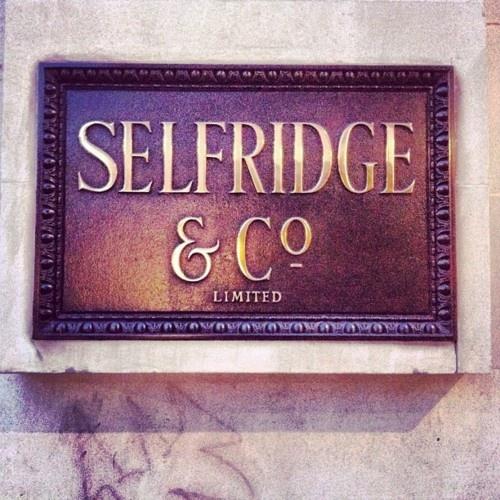 Selfridges // 400 Oxford Street +44 800 123400 Mon-Fri, 9:30am-9pm; Sun, 11:30am-6pm www.selfridges.com