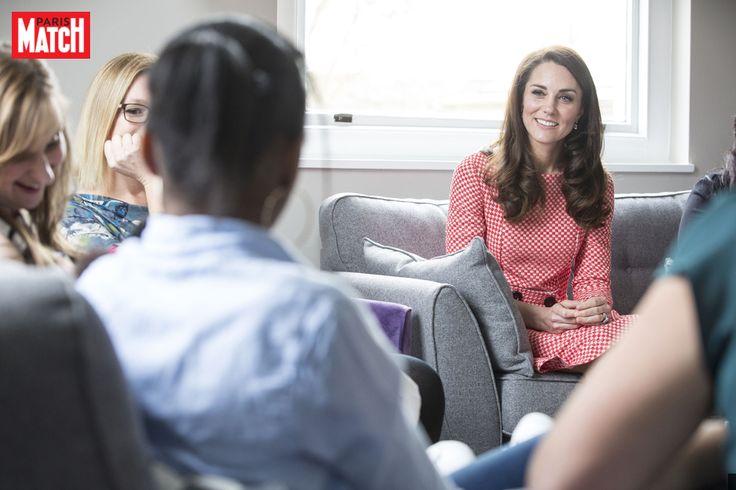 La duchesse de Cambridge, née Kate Middleton, s'est livrée ce jeudi sur sa situation de jeune maman du prince George et de la princesse Charlotte.