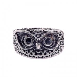 Charming owl ring