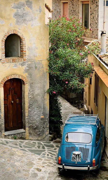 Fiat in a narrow street.. Castelmola, Sicily, Italy (by pbOOg on Flickr)
