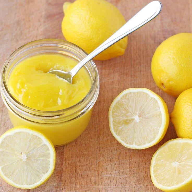 Deliziosa crema al limone stile britannico, ottima per farcire crostate o dolci alla frutta.