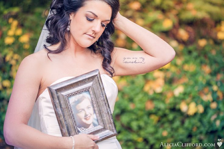 Bridal Portrait in memory of grandmother - photograph and tattoo with her handwriting. Memorial at wedding