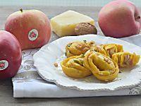 Tortelli di mele con pecorino e noci ricetta primo piatto