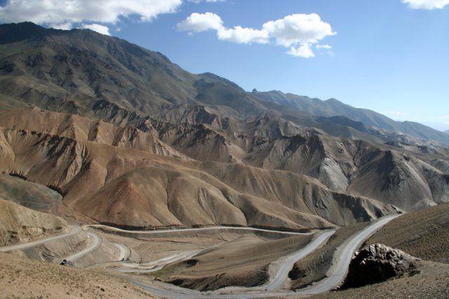 Ladakh, Himalaje, W drodze na przełęcz, INDIE