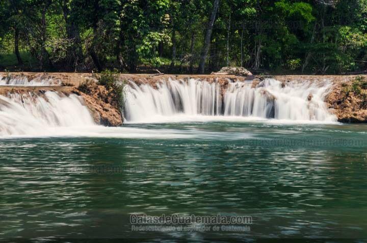 Río Machaquila Poptun, Peten, Guatemala