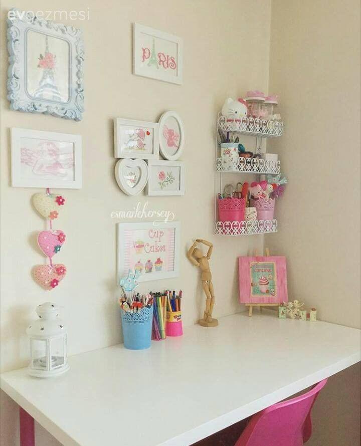 Pembe, Duvar dekorasyon, Çalışma odası