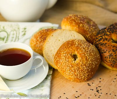 That skinny chick can bake!!!: Sesame Seed Bagels...Baking with Julia