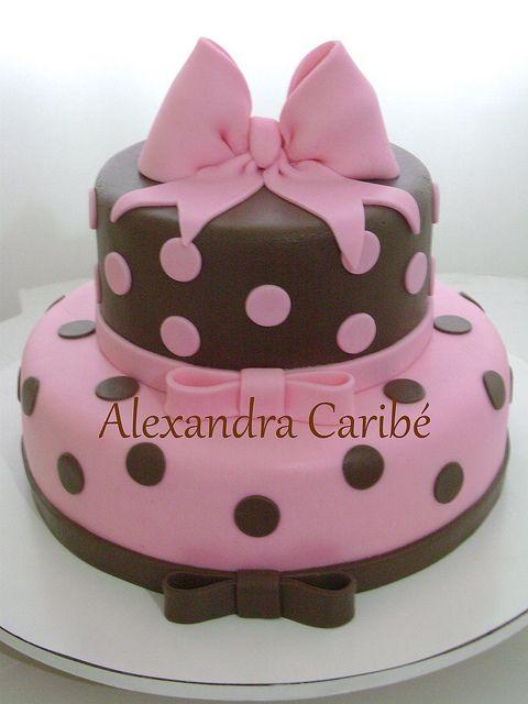Bolo Marrom e rosa - Pink and brown cake by Alexandra Bolos Artísticos, via Flickr